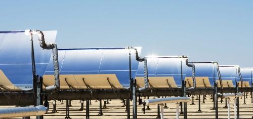 太陽能槽式聚光集熱系統